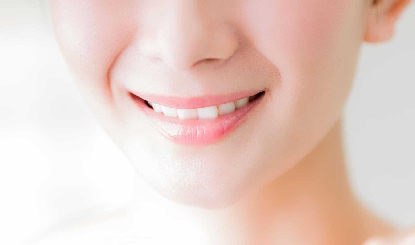 芸能人のきれいな歯